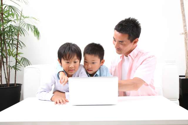 横浜でパソコン修理を依頼するなら「横浜市の出張パソコン修理屋さん」へお任せ下さい(出張修理をはじめインターネットのトラブルからパソコンレッスンまで幅広く対応)