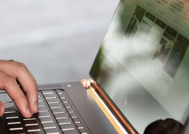 横浜のパソコン出張教室はネットショップ・ホームページ作成などのサイト制作も代行致します!