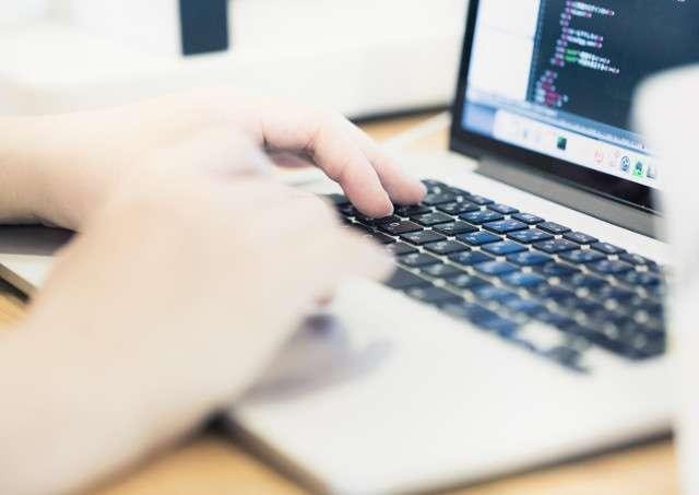 横浜のパソコン出張教室「横浜市の出張パソコン修理屋さん」はサイト制作(ネットショップ・ホームページ作成)にも対応可能!